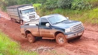 Compilação: Ford F-250 na lama