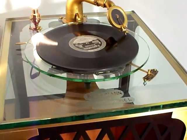 1921 Kurtzmann Glass Phonograph