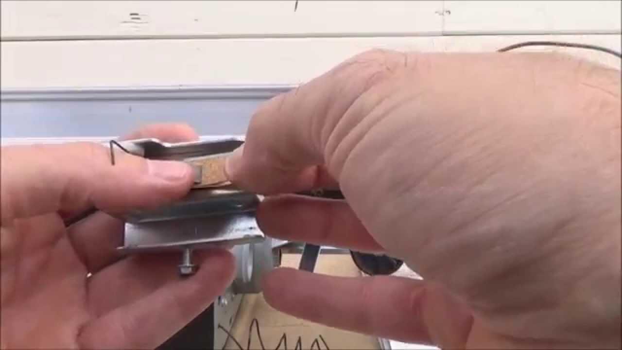 Genie Screw Drive Limit Switch Repairreplace Youtube