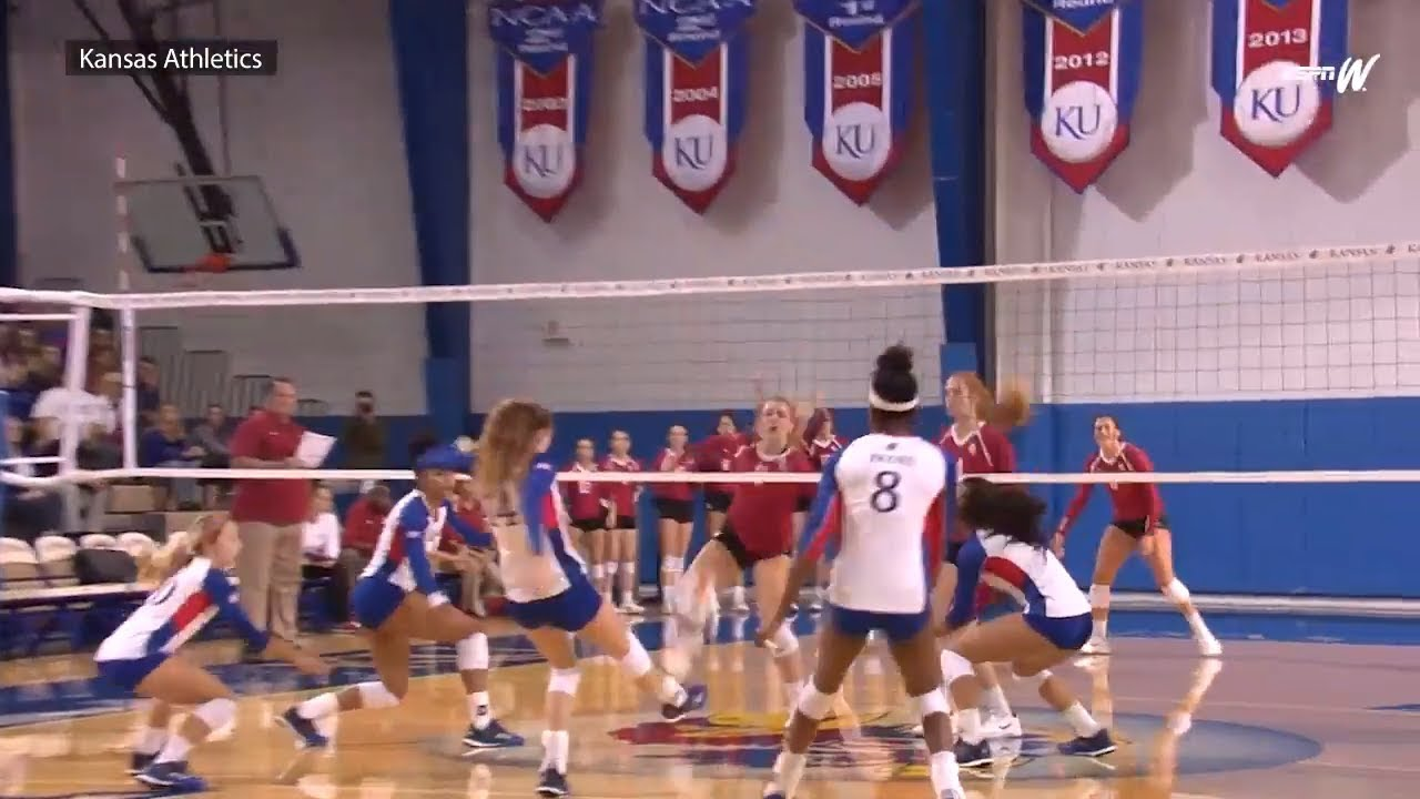The best volleyball kick saves of 2017 | espnW - YouTube