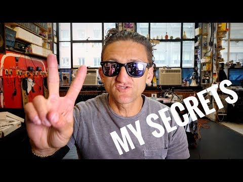 Thumbnail: HOW TO VLOG LIKE CASEY NEISTAT by CASEY NEISTAT
