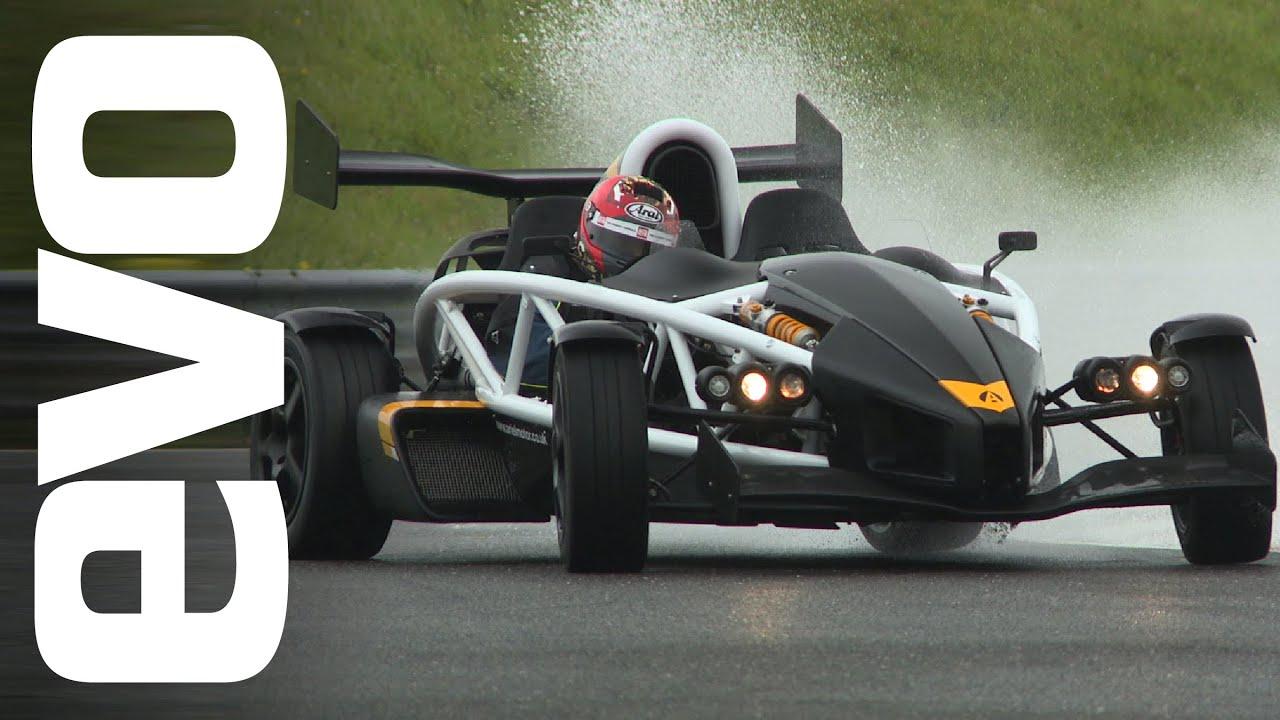Ariel Atom 3 5R on track   evo REVIEW