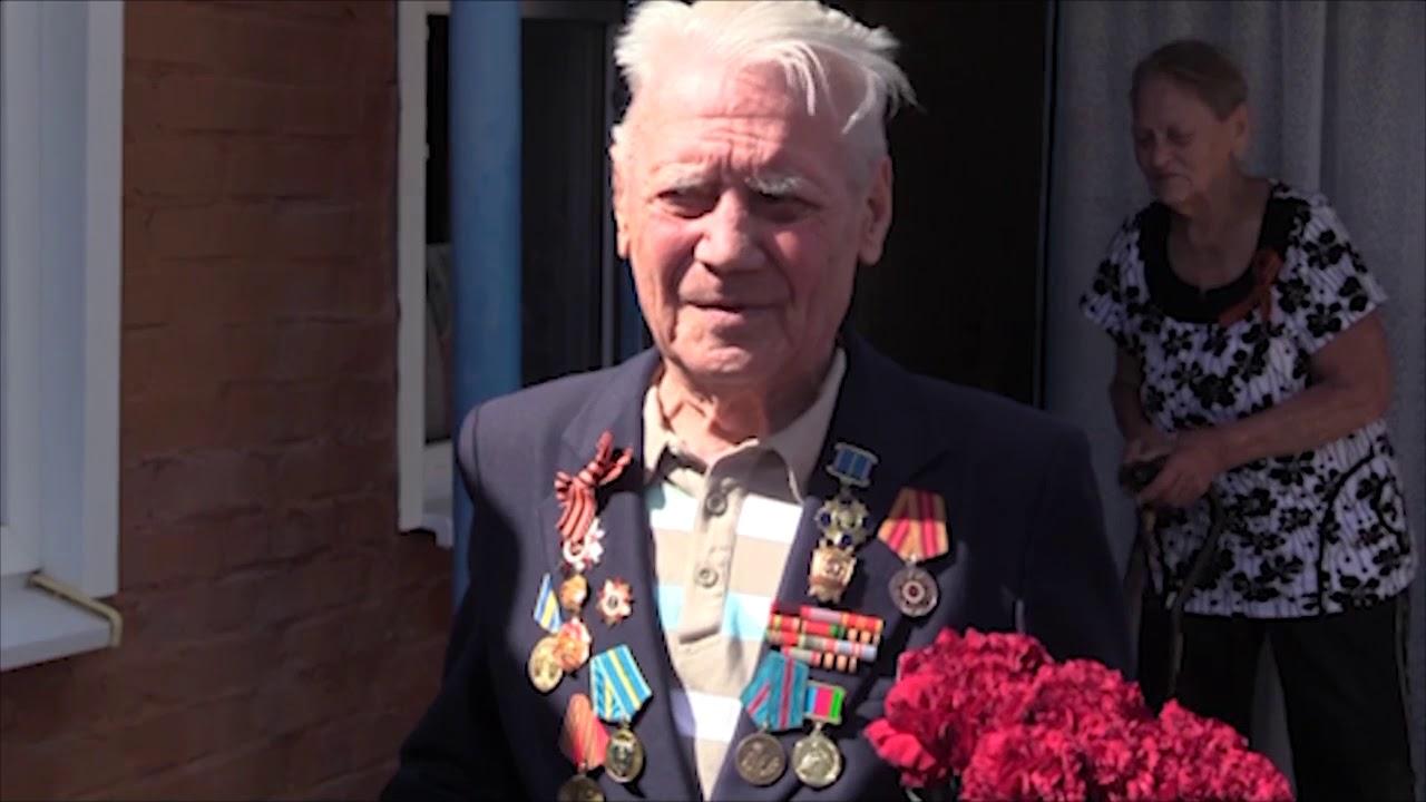 А.Шишикин поздравил ветеранов с Днем Победы