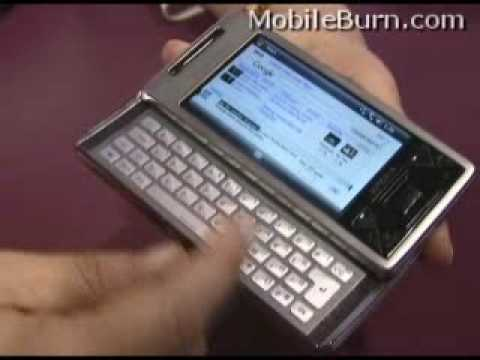 Sony Ericsson Xperia X1 Panels in action at CTIA 2008