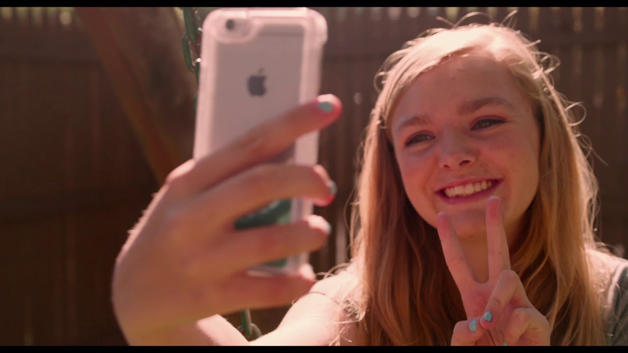 Download EIGHTH GRADE - On Blu-ray and DVD October 9!
