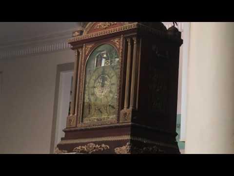 English Brocket Clock at Hyderabad Museum