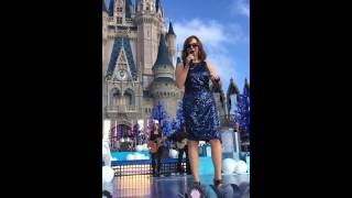 Reba McEntire- Santa Clause is Coming to Town- Disney Parks- Unforgettable Christmas Celebration