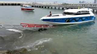 Wat een gedoe, je boot uit het water halen...