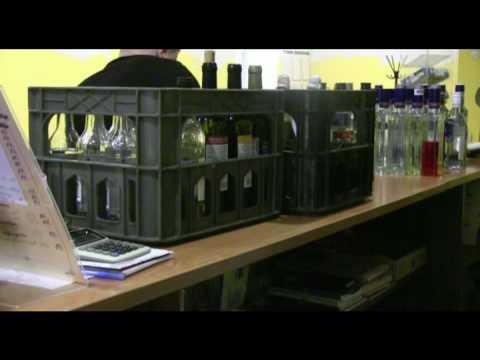 Алкоголь в баре без лицензии
