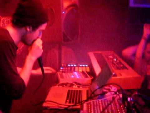 Nicolas Jaar Live @ Mint Club, Leeds 23.01.2011