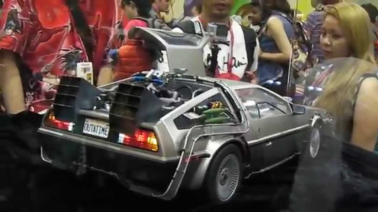 San Diego Comic Con 2014 Hot Toys 1 6 Back To The Future