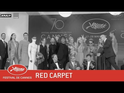HOW TO TALK GIRLS AT PARTIES - Red Carpet - EV - Cannes 2017
