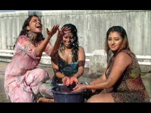 Jogira Holi Khelat Nandlal - singer Mohd. Rafi & chorus -HOLI SONG from film Go Daan