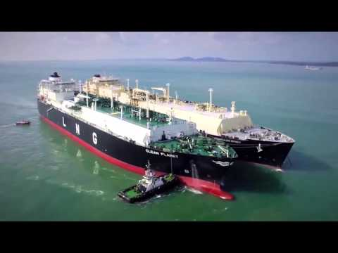 Ship-to-ship Transfer Operation of LNG by Cargo Specialists