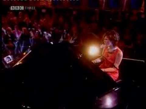 Delta Goodrem - Born To Try @ Big C Concert 2004
