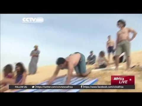 34461 rizne CCTV Afrique Water slide gives fresh edge to Egyptian oasis of Fayoum