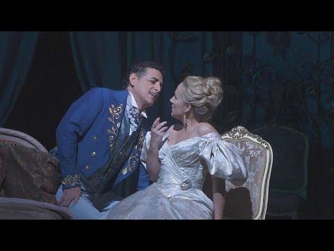 """A tão amada """"La Traviata"""" em Nova Iorque"""