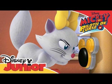 Mickey și Piloții de Curse - Ajutoarele Abile salvează o pisicuță. Doar la Disney Junior!