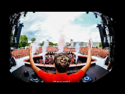 Martin Garrix (Full live-set) Slam!Koningsdag (Virtual DJ 8)