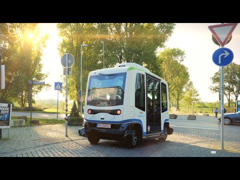 Autonom Fahrende Busse Drehen Erste Runden In Der Smart City Monheim Am Rhein