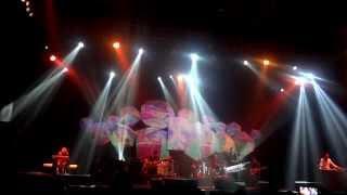 Fariz R M ~ Serasa + Sakura Dalam Pelukan (Legendary Chrisye Dekade Project Java Jazz Festival 2014)