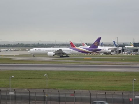 London Heathrow Airport - Planespotting at Renaissance Hotel, London, UK