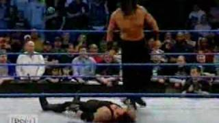 dilip singh the great khali on debut match wwe