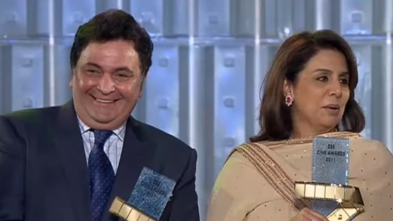 Rishi Kapoor And Nitu Sing Kapoor Awarded As Evergreen Jodi | Akshay Kumar And Shah Rukh Khan
