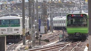 2019年11月29日 山手線用E235系 東トウ49編成 配給列車 電気機関車EF64 1032牽引 JR高崎駅