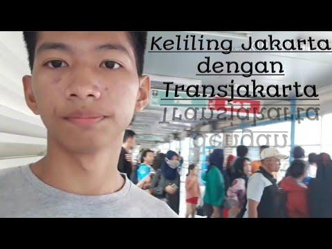 Keliling Jakarta dengan Transjakarta (exploring Jakarta by bus)