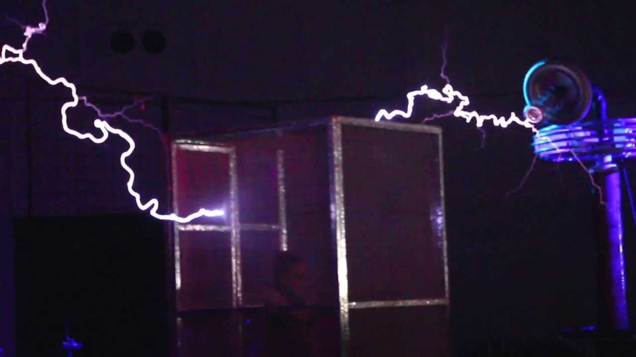 Star Wars Imperial March On Tesla Coils Arcattack At