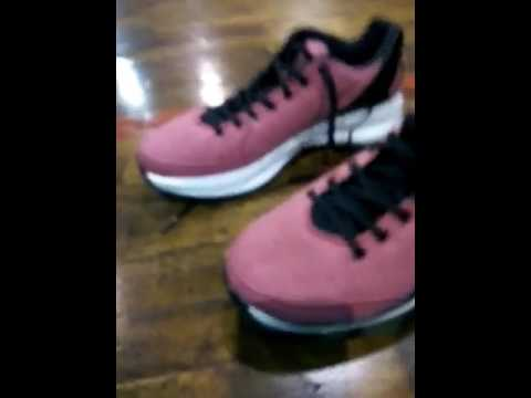 fa006c454bc Review Adidas Rose Englewood 3 Chicago Bulls Fans - YouTube
