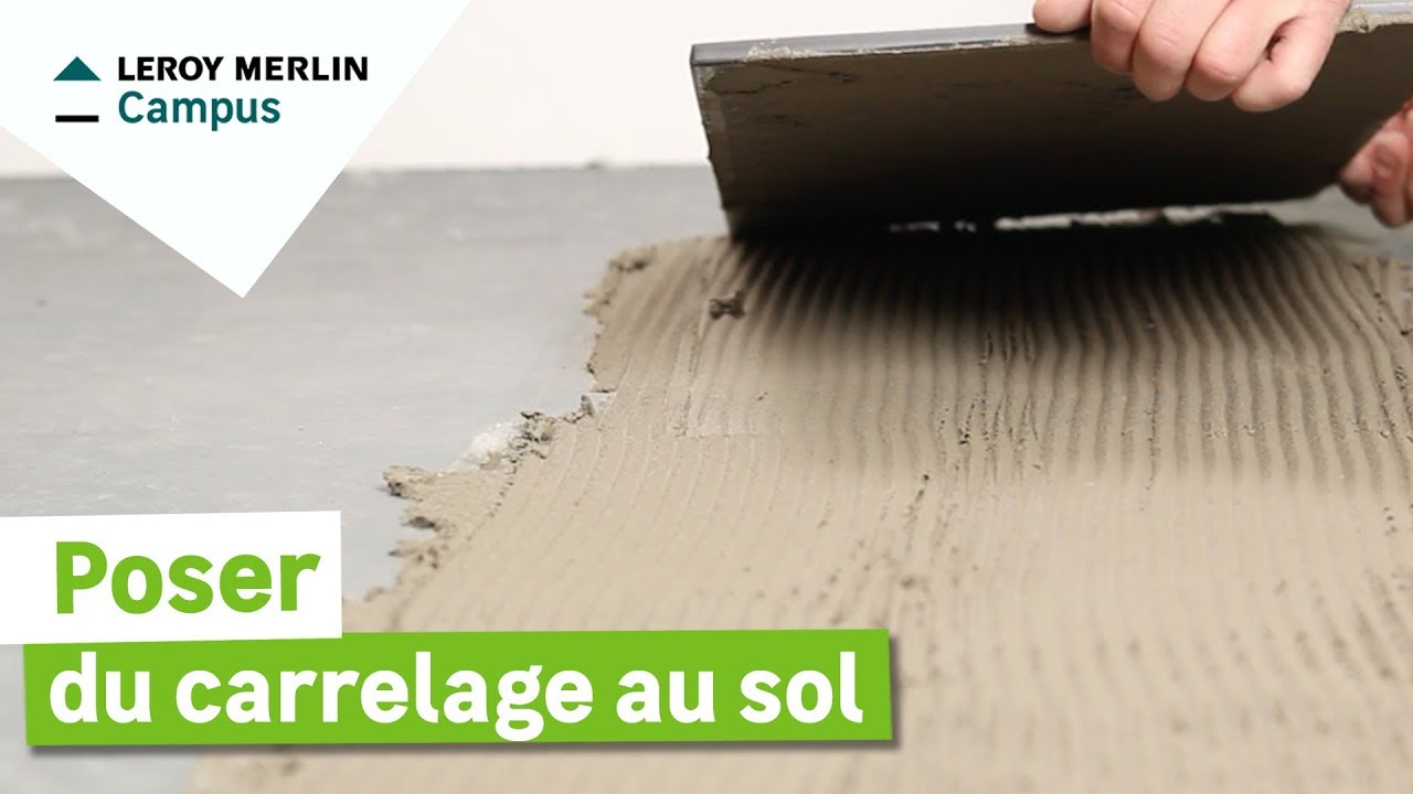 Comment poser du carrelage de sol leroy merlin youtube for Poser du carrelage mural dans une douche