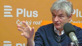 David Radok: Doufám, že systém v Česku přežije pokusy o narušení demokracie
