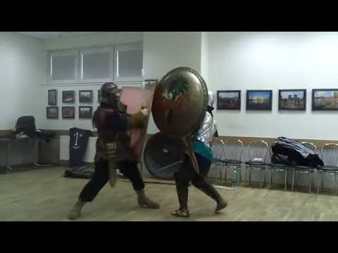 Carthaginian Hoplite vs. Roman Legionaire (training)