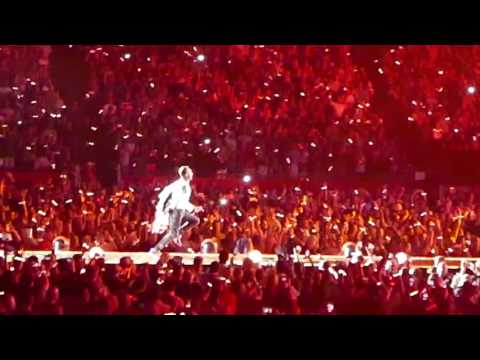 """Coldplay """"Fix You"""" at Gillette Stadium,  MA  07/30/16"""