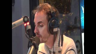 "Christophe Willem chante "" Sur toi "" de Zazie sur Willem Air"