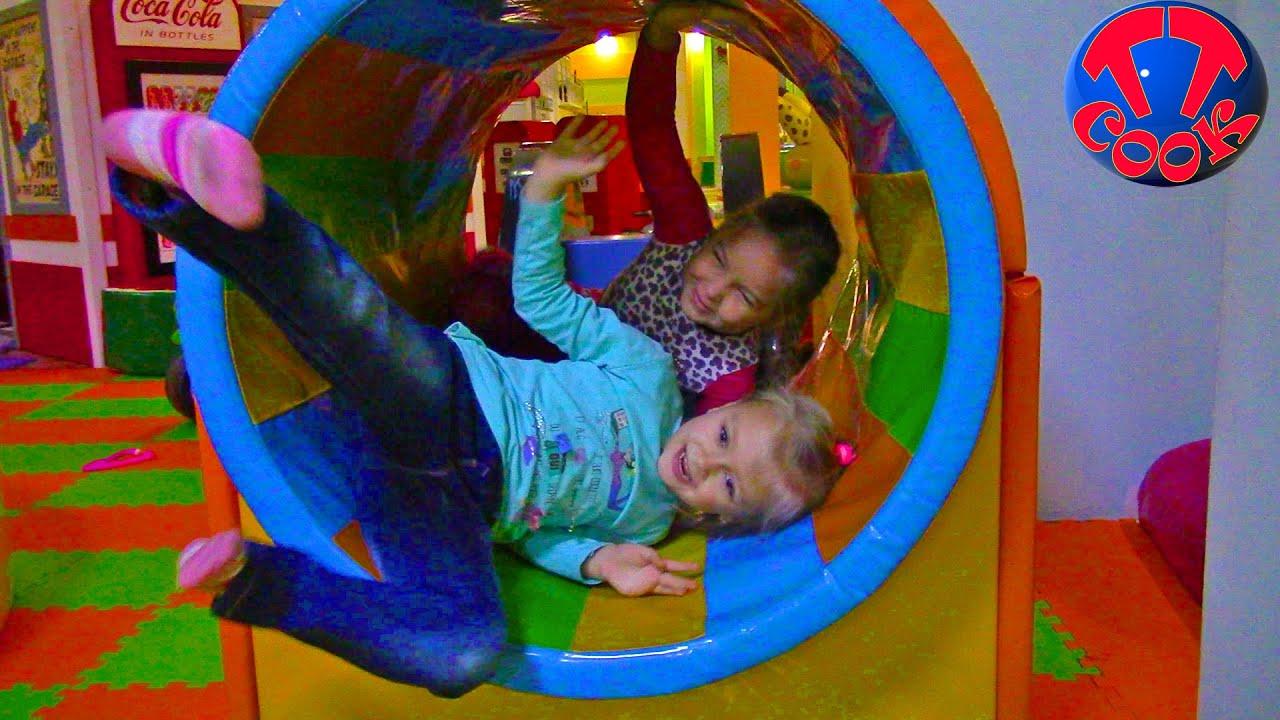 Детский Развлекательный Центр с Горками, Батутами и Бассейном с Развлекательная Программа Скачать