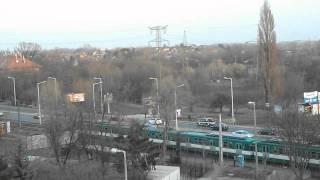 Gödöllő felé robog a 6 kocsis HÉV szerelvény Rákosfalva mh-hez köze...