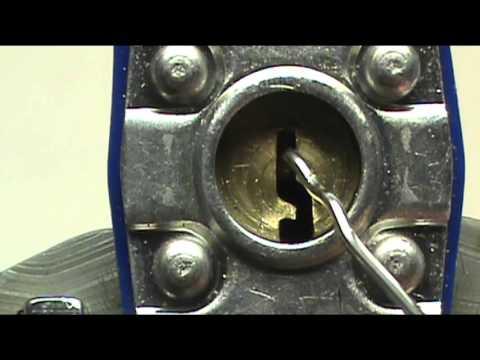 Lock Picking: The Paper Clip Rake