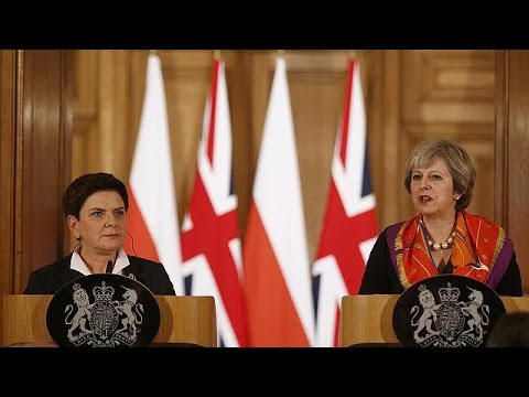 Theresa May and Beata Szydlo meet at 10 Downing Street as Britain seeks to strengthen ties with…