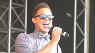 Gareth Gates - Anyone Of Us (Stupid Mistake) (Live)