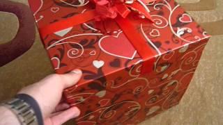 видео Подарок любимой жене на день рождения, какой сделать