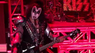 KISS Kruise VII - She - Indoor Show #2 11-08-2017