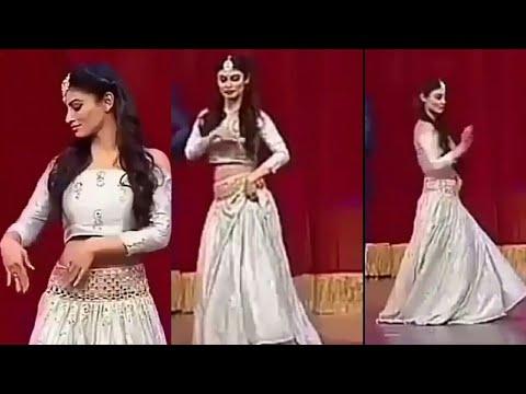 Mouni Roy Naagin Dance    Iifa Awards 2018 Mp3