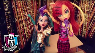 MhMotionBros Stop Motion | Steal the Show | Monster High