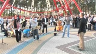 Неворятный флешмоб в Харькове в парке имени Горького