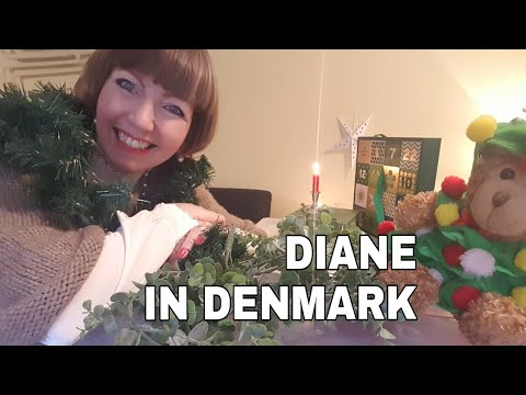 15 minute declutter - Christmas Decorations/linens!