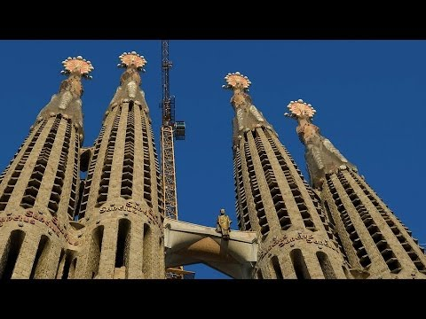Visiting the Sagrada Familia | Barcelona Travel