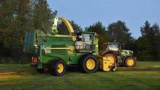 John Deere 7500 - Loonw. Meganck-Haenebalcke - gras hakselen